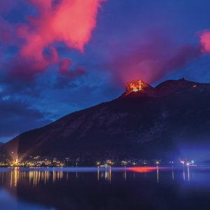 Berge in Flammen am Altausseer See